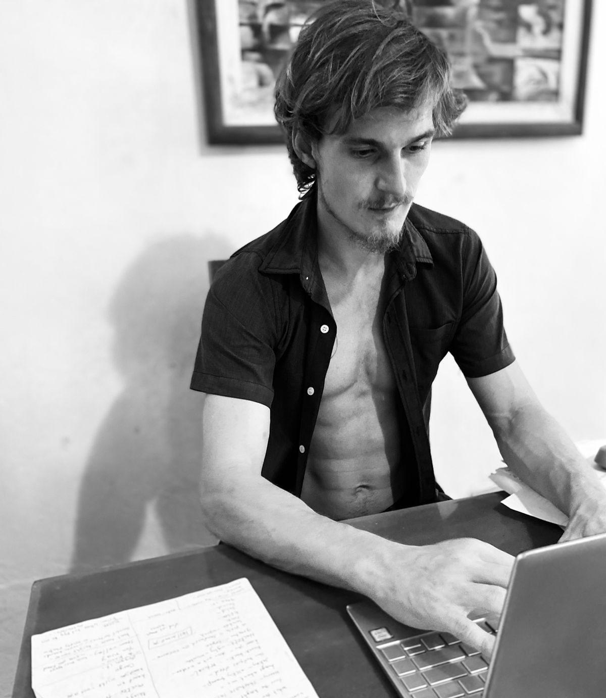 Aldo Carincross writing