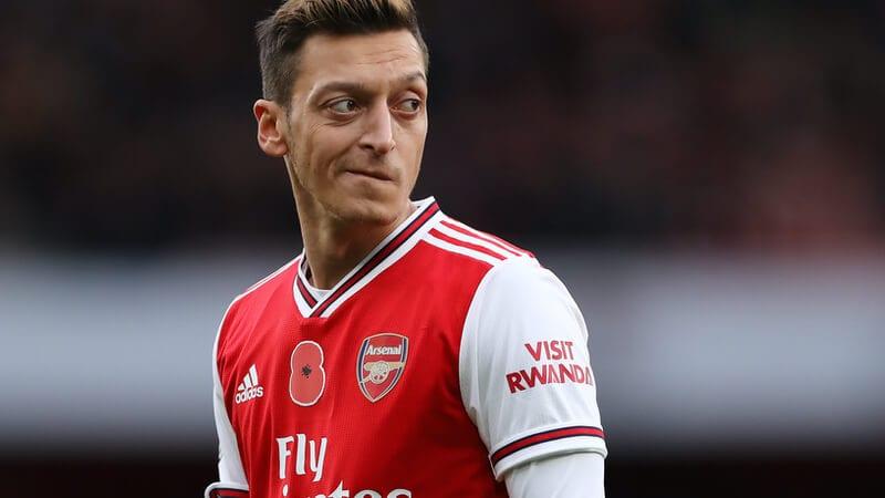 football-transfer-news