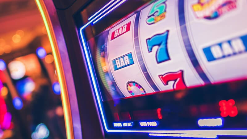 travel frog Slot Machine
